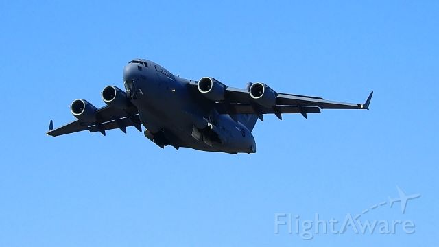 Boeing Globemaster III — - Right after rotate