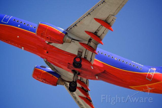 Boeing 737-700 (N436WN) - Underbelly shot of a Southwest B737 on short final to San Diego International.