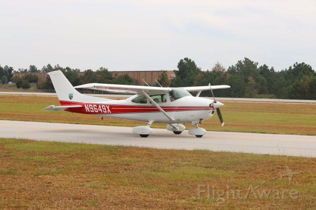 Cessna Skylane (N9649X)