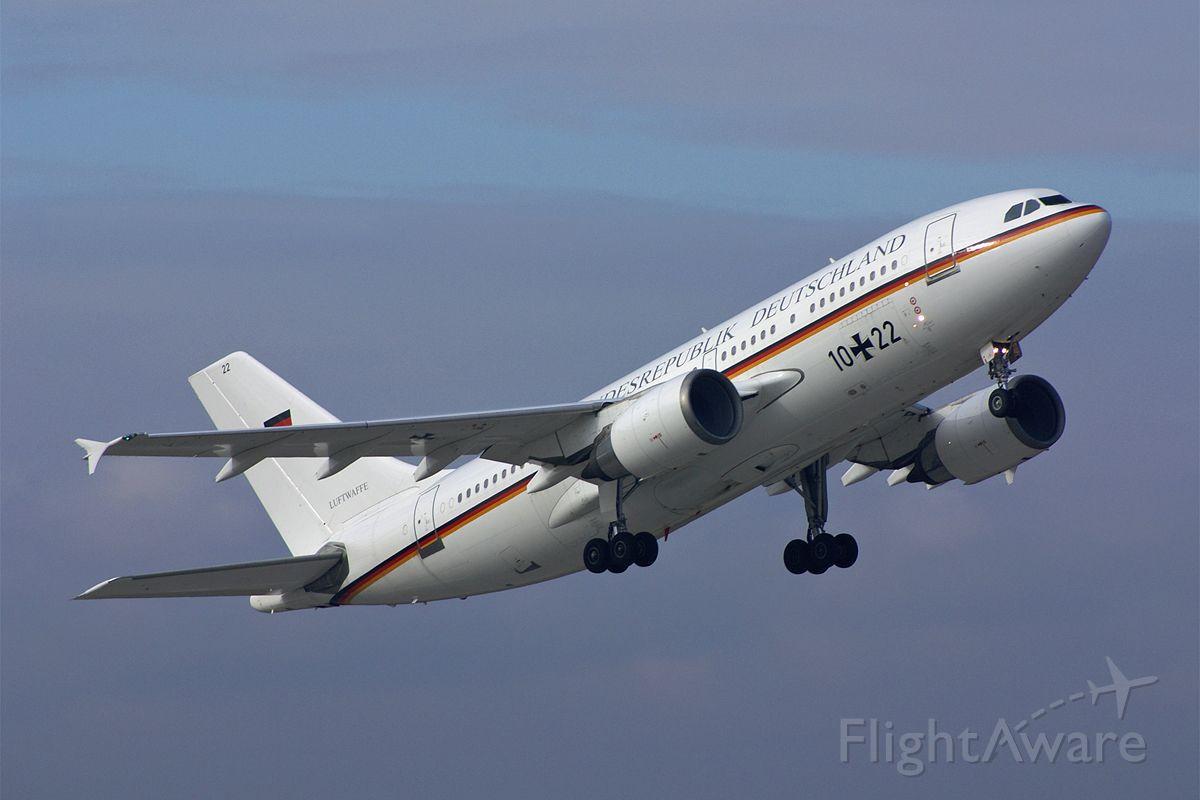 """— — - Airbus A310-304ET  10+22  """"Luftwaffe"""" German Air Force  EDDS Stuttgart Echterdingen Germany  2.November 2007"""