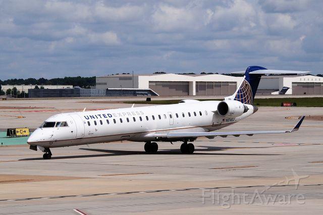 Canadair Regional Jet CRJ-700 (N174GJ)