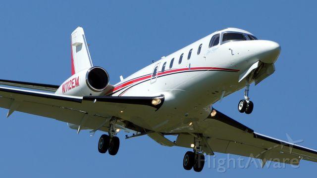 IAI Gulfstream G100 (N112EM) - 13R approach.