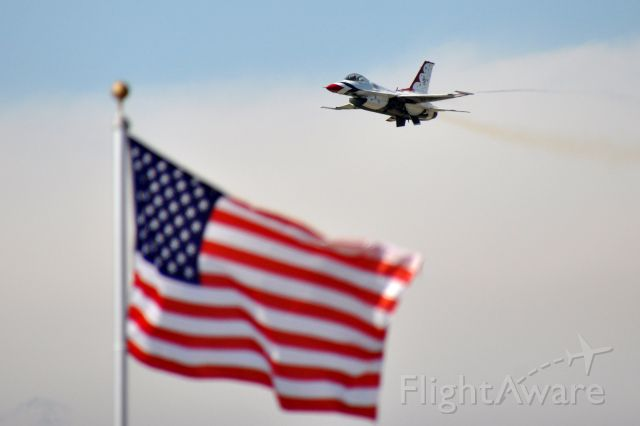 Lockheed F-16 Fighting Falcon — - 2018 Alliance Airshow, Ft Worth, Texas