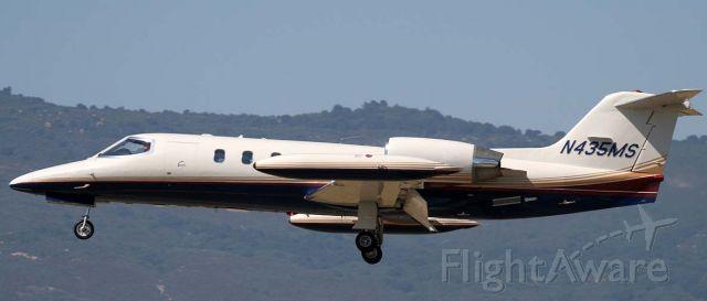 Learjet 35 (N435MS)