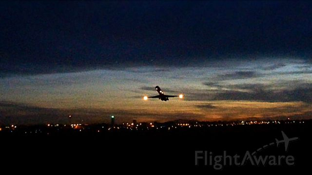 McDonnell Douglas MD-83 (N418NV)