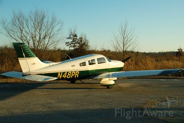 Piper Cherokee (N48PR)