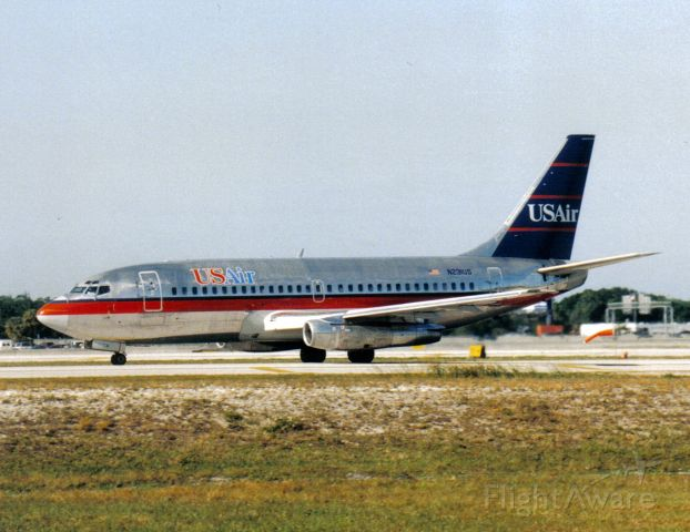 Boeing 737-200 (N231US)