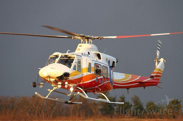 Bell 412 (JA31TT)