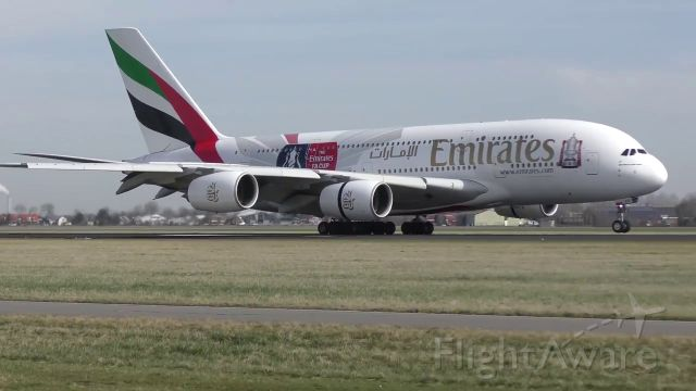 Airbus A380-800 (A6-EES) - from Dubai touch down 18R