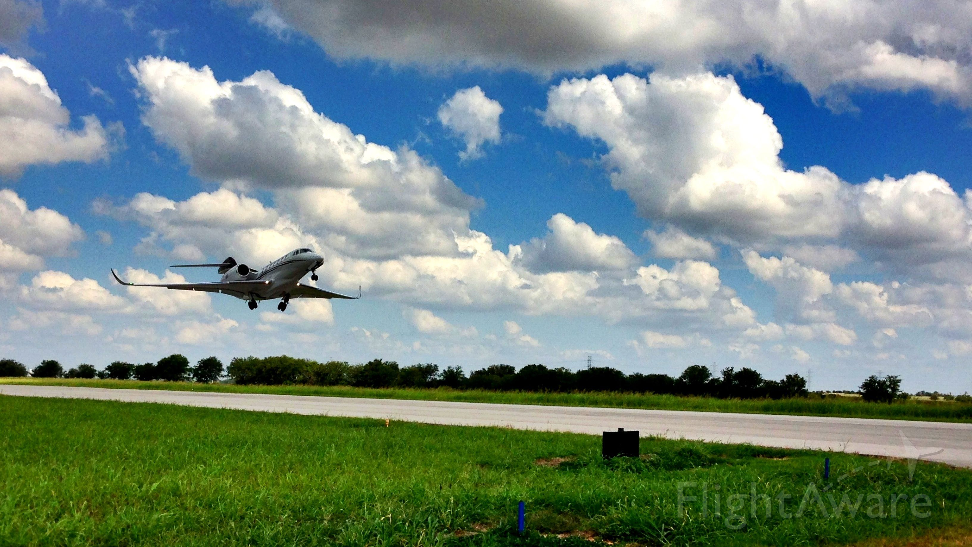 Cessna Citation X (N953TJ) - Cessna Citation X @ HenriksenJetCenter