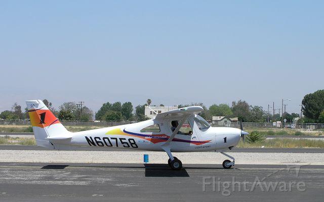 Cessna Skycatcher (N60758)