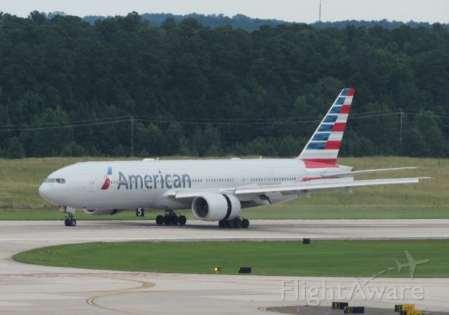 Boeing 777-200 (N794AN) - American Airlines Boeing 777-200ER (N794AN) landing at RDU as AA173 from LHR on 06-23-2019.