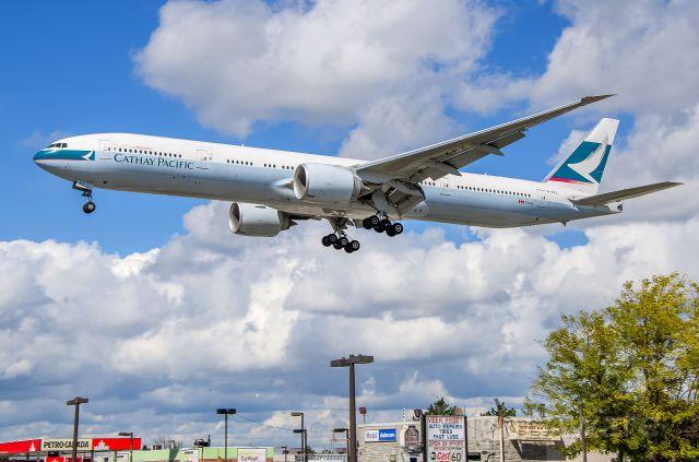 BOEING 777-300ER (B-KPZ)