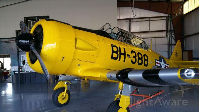 North American T-6 Texan (N49388)