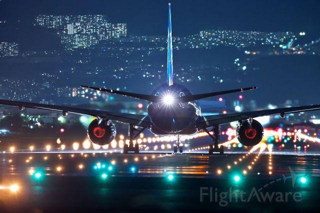 Boeing 777-200 (JA745A)