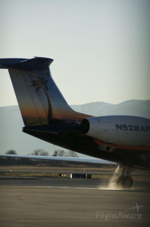 Gulfstream Aerospace Gulfstream V (N528AP) - One of the best paint jobs on a Gulfstream. Here she