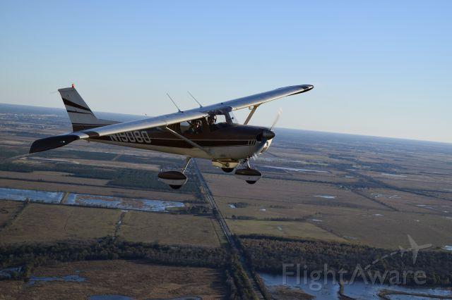 Cessna Commuter (N19080)