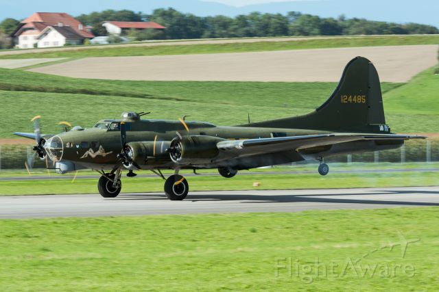 Boeing B-17 Flying Fortress (12-4485)