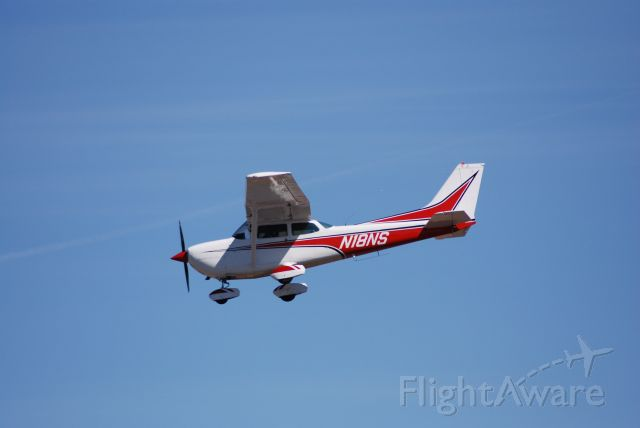 Cessna Skyhawk (N18NS)