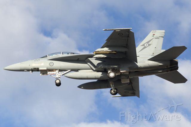 McDonnell Douglas FA-18 Hornet (A44221) - RAAF, F/A18F Super Hornet, approaches RAAF Townsville.