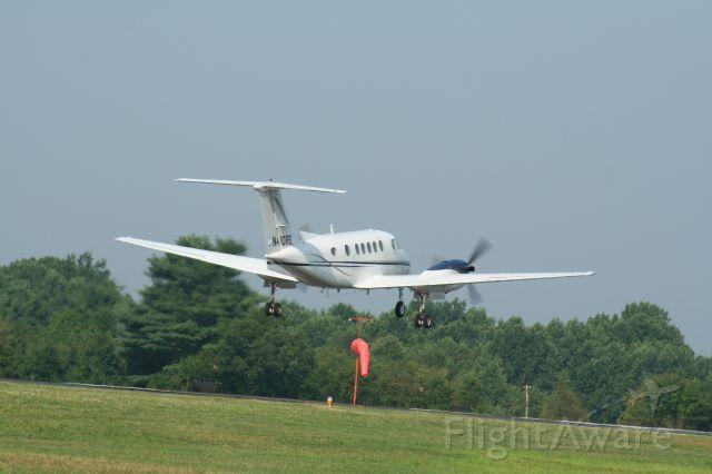 Beechcraft Super King Air 200 (N410RE)
