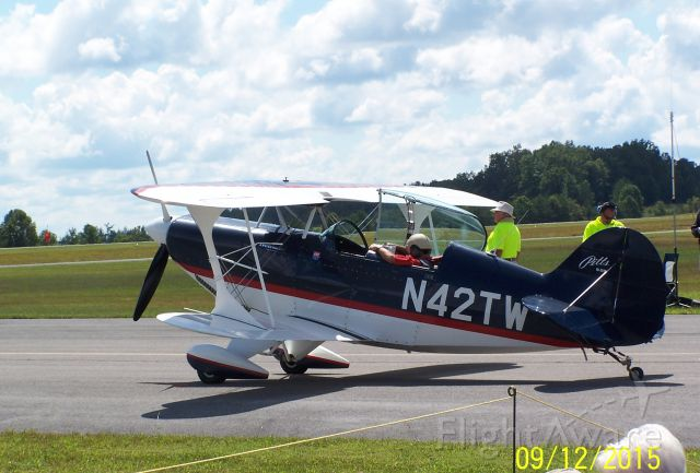 PITTS Special (S-2) (N42TW) - Photo taken at the Scott County, Oneida Tennessee Airshow, great performer.