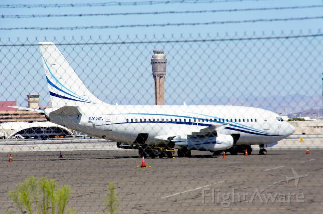Boeing 737-200 (N912NB)