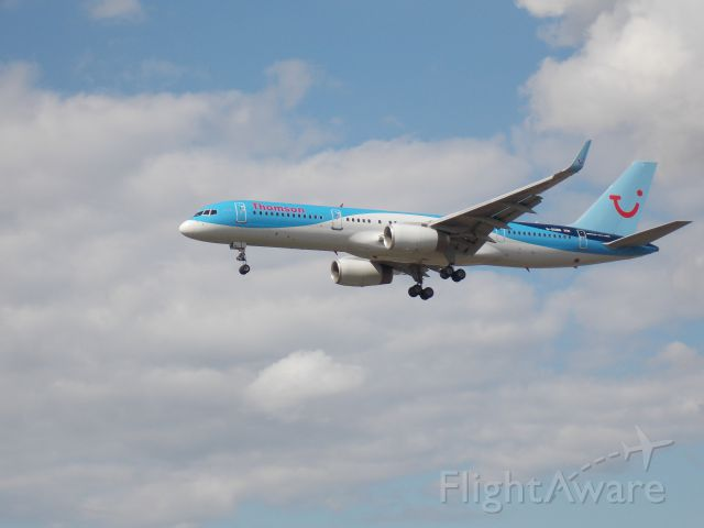 Boeing 757-200 (G-OOBB)