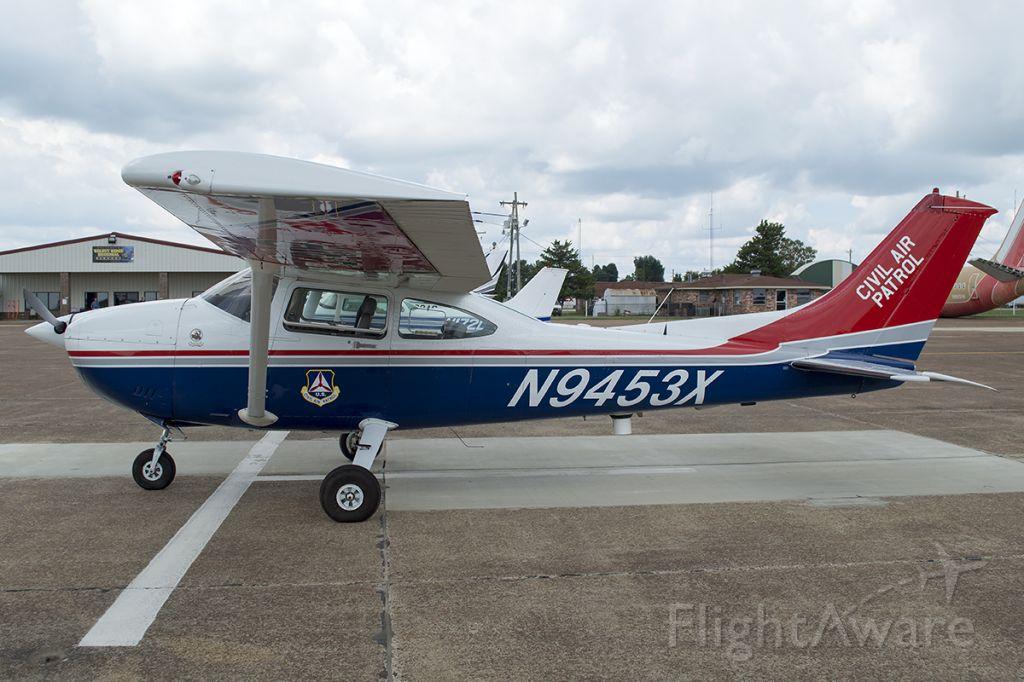 Cessna Skylane (N9453X)