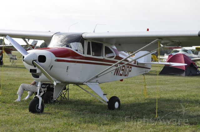 Piper PA-22 Tri-Pacer (N1910P)
