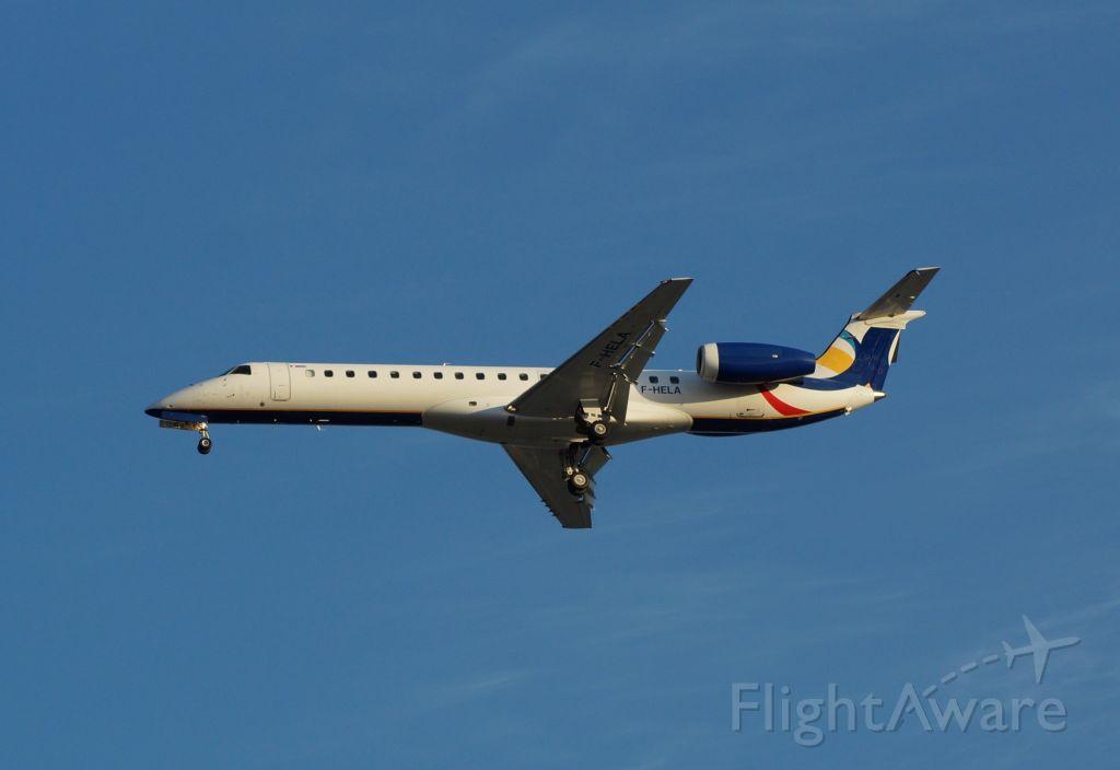 Embraer ERJ-145 (F-HELA)