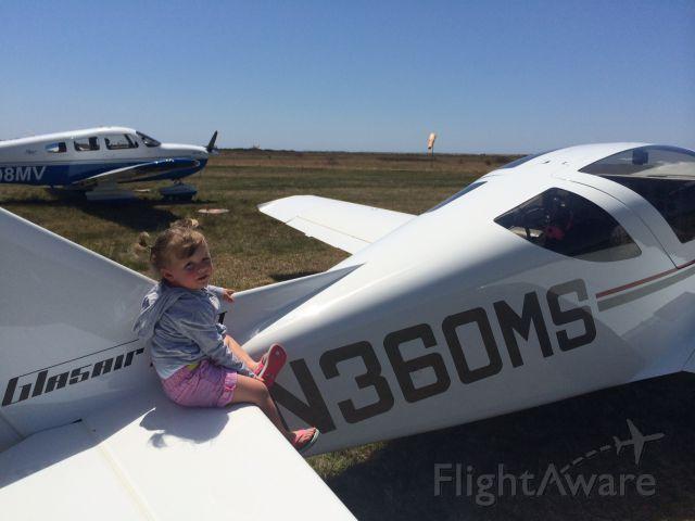 STODDARD-HAMILTON Glasair (N360MS) - Katama Airpark on Marthas Vineyard