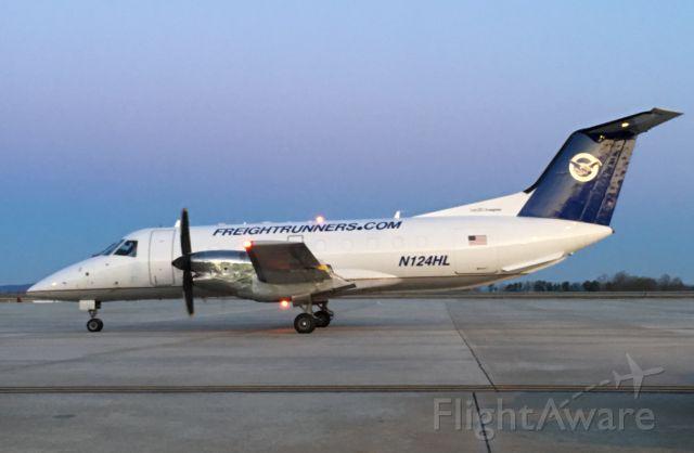Embraer EMB-120 Brasilia (N124HL) - Another former United Brasilia.