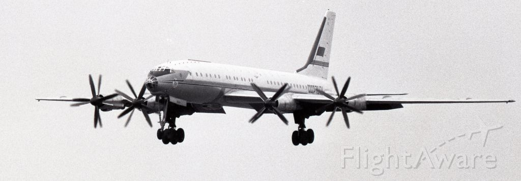 CCCP76474 — - August 1968 - Tupolev TU-114 on final runway 24L at Dorval (CYUL) on a direct flight from UUEE, Sheremetyevo, Moscow
