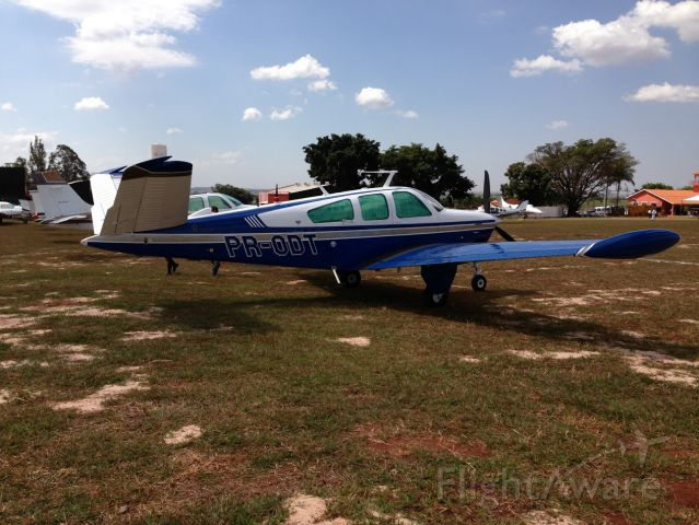 Beechcraft 35 Bonanza (PR-ODT) - Fly inn at SDJO Bonanza Clube do Brasil