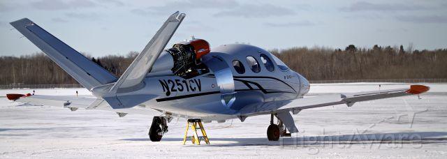 Experimental >200kts (N251CV) - Cirrus Vision jet test aircraft