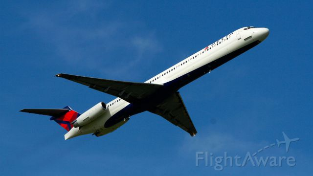 McDonnell Douglas MD-88 — - Delta MD88 departs Jackson-Evers International on 16R on her way to KATL