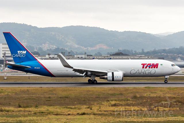 BOEING 767-300 (PR-ACO) - LATAM Cargo Brasil - Boeing 767-346F(ER)<br />Registration: PR-ACO<br /><br />Santiago (SCL) / São Paulo (GRU)<br /><br />Fotografia: Marcelo Luiz