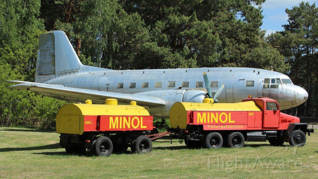 VEB Il-14 — - Finowfurt Airfield