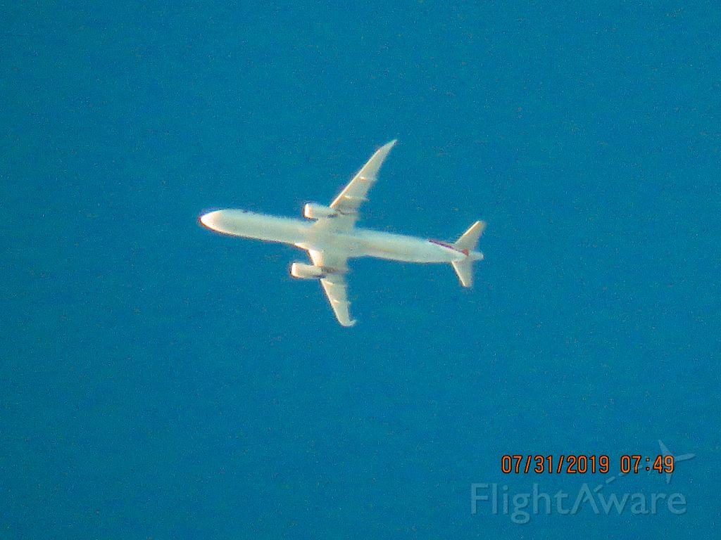 Airbus A321 (N117AN)