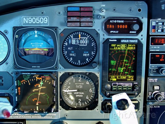 Piper Aerostar (N90509) - Panel Shot @ 244Kts