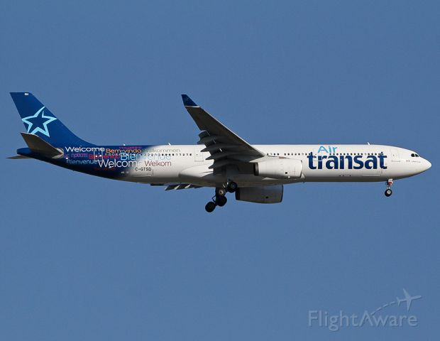 Airbus A330-300 (C-GTSD) - Landing at the YYZ.