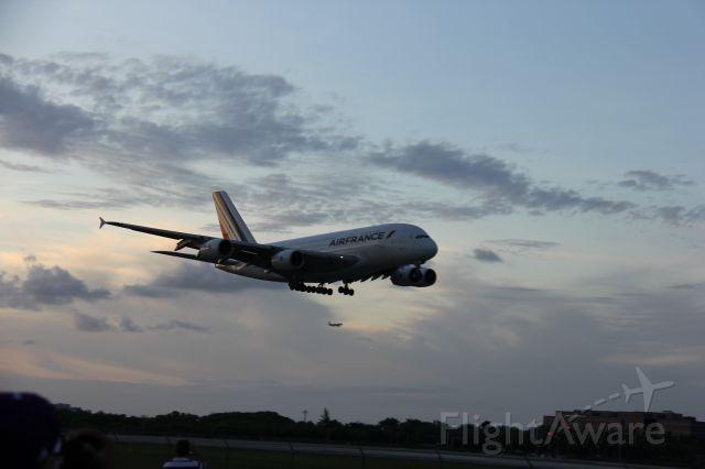 Airbus A380-800 — - BY ISMAEL BIGIO