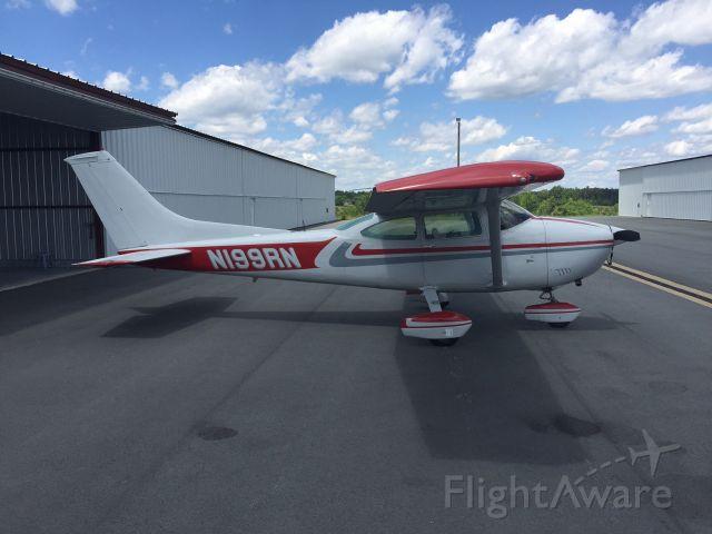 Cessna Skylane (N199RN)