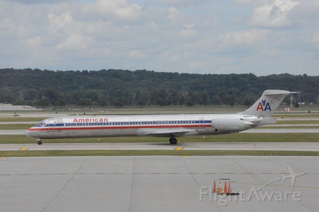 McDonnell Douglas MD-83 (N96200) - N96200, is operating as American 1286 to DFW and will depart at 3:17 PM CDT.   Photo taken at Omaha Eppley Airfield on July 28, 2017 with Nikon D3200 mounting 55-200mm VR2 lens.