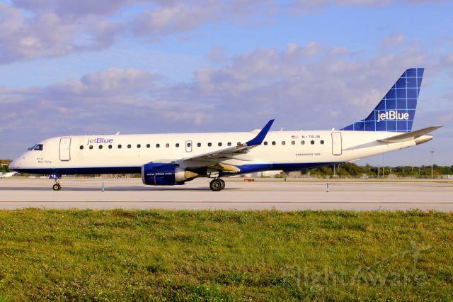 Embraer ERJ-190 (N178JB)