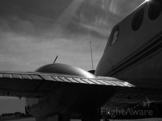 Beechcraft King Air 90 (N308RM)