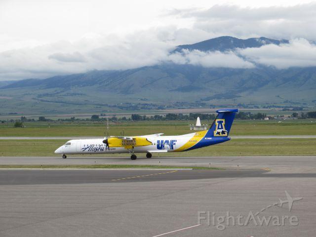 de Havilland Dash 8-400 (N411QX) - Alaska Nanooks livery