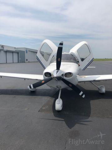 Cirrus SR-20 (N183DA)