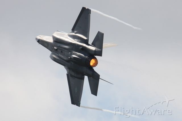 Lockheed F-35C (14-5093) - F-35A from Hill AFB, Utah pulling some vapor at the 2017 Selfridge Air National Guard Open House